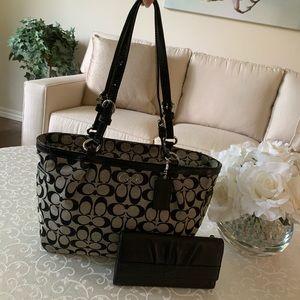 Coach Gallery Tote Shoulder Bag and Coach Wallet